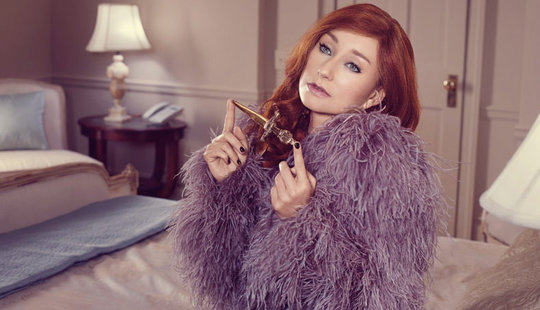 Tori Amos in purple