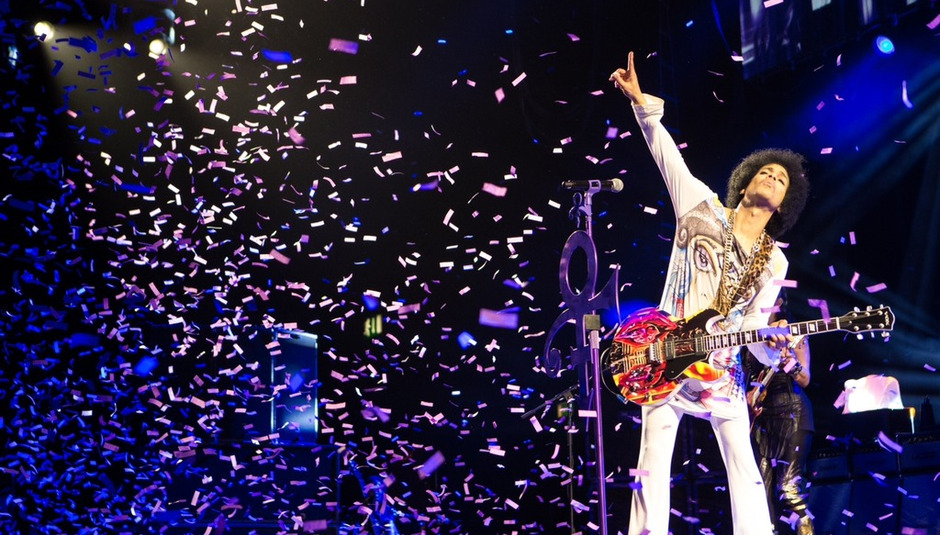 Live review: Prince & 3RDEYEGIRL at the Manchester Arena, 16/05/14 / In Depth // Drowned In Sound